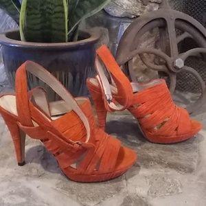 Jessica Bennett size 8 orange suede heels J044F